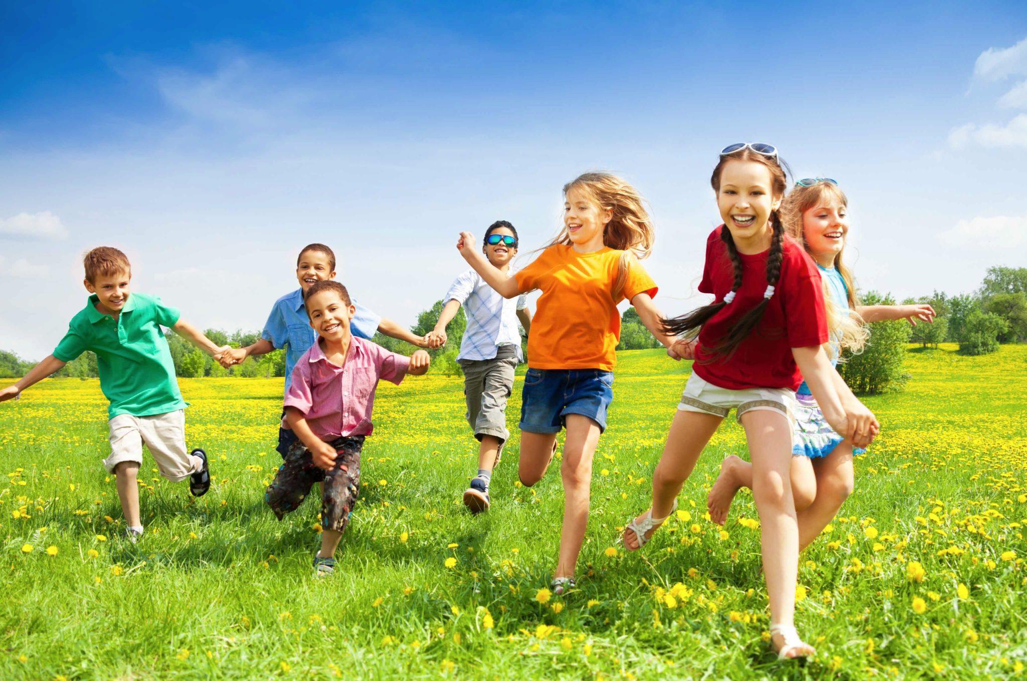 7 причин отправить ребенка в детский лагерь на море